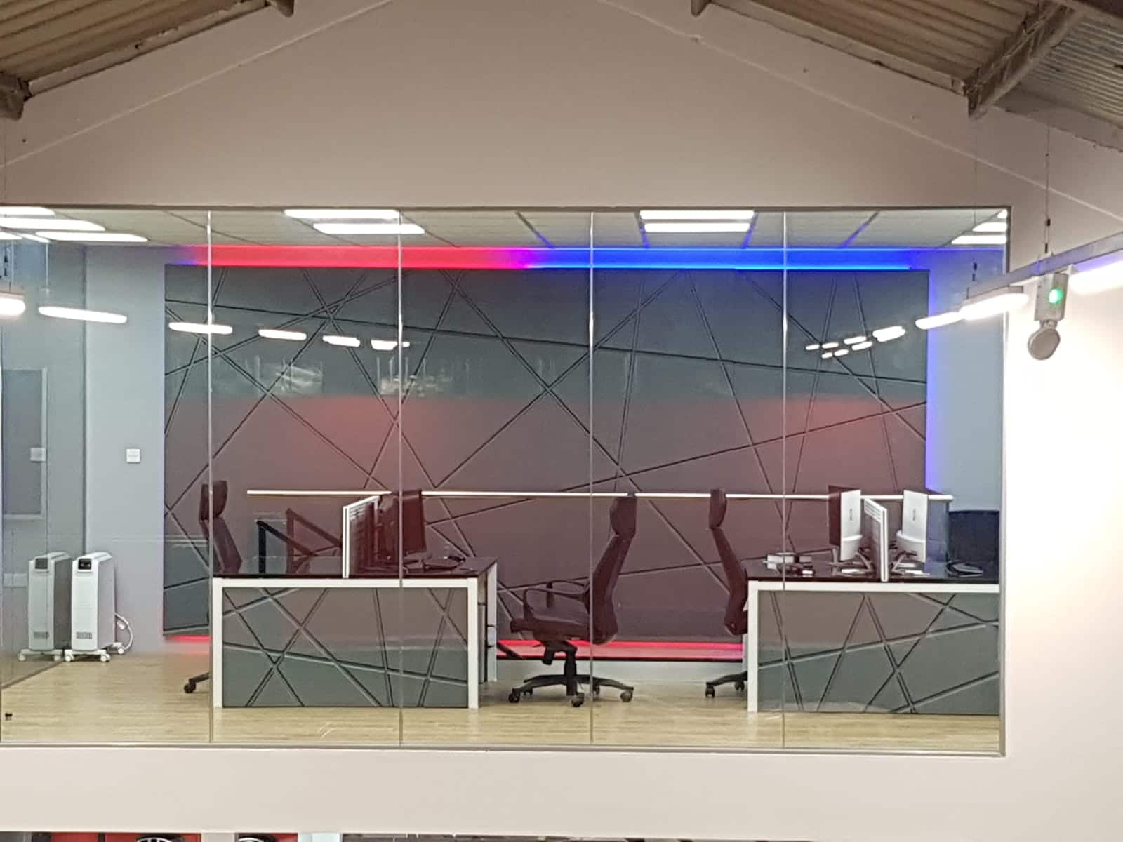 cjl leisure vehicles design studio with all art and LEDs